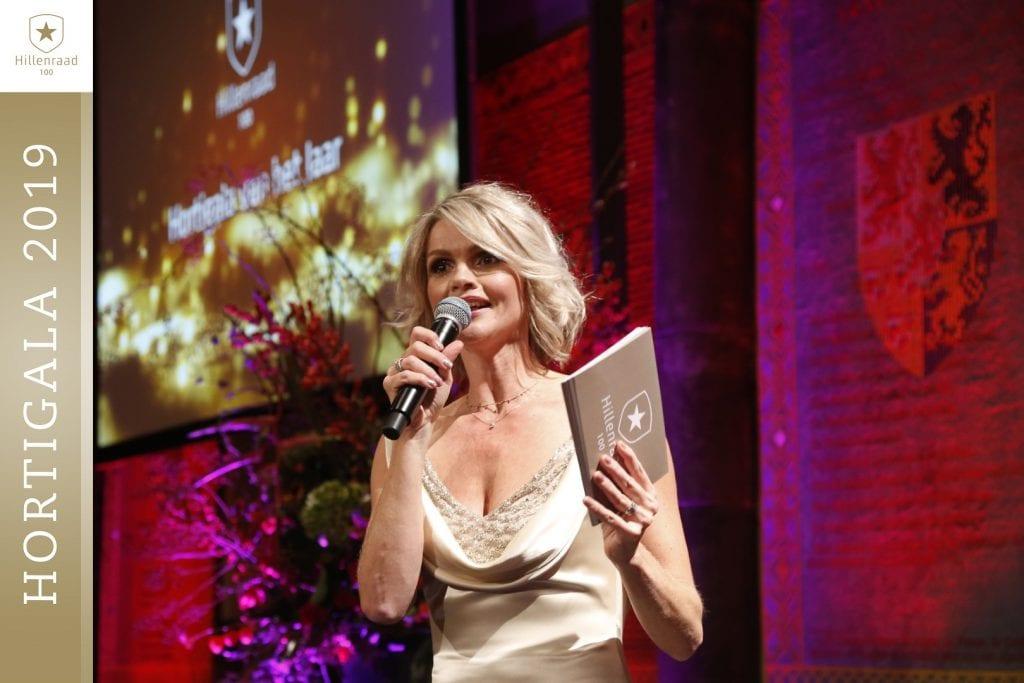 09 Tooske Ragas presentator van het Hortigala van het Jaar 2019_S3W2092 (Groot)